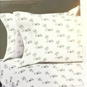 Peanuts Snoopy Polyester Queen Size Sheet Set NWT